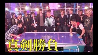 亀田和毅さんとエアホッケー対決で白熱!!