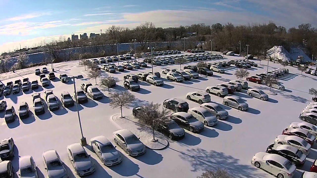 Downtown Nashville Nissan Snow Day 2015 - YouTube