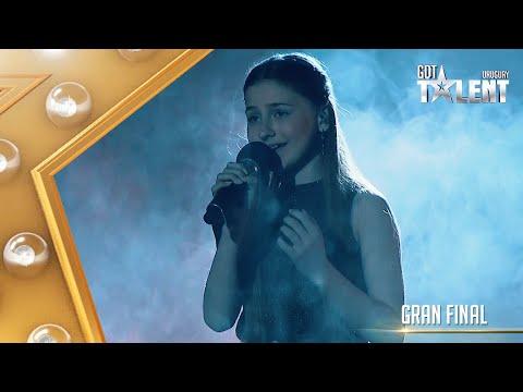 EVANGELINA asombró en la GRAN FINAL con una canción de RAPHAEL
