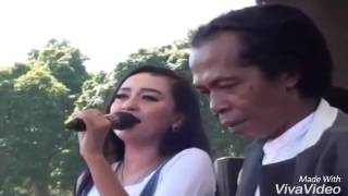 Video TRESNO WARANGGONO - ELSA VEAT SHODIQ MONATA SBC Ujungnegoro Batang 2016 download MP3, 3GP, MP4, WEBM, AVI, FLV Desember 2017