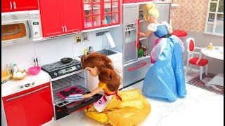 Cinderella Barbie Kitchen Cooking Toy Pancakes سندريلا باربي المطبخ Cinderela Barbie boneca Cozinha