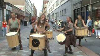 clanadonia performing in glasgow part 1