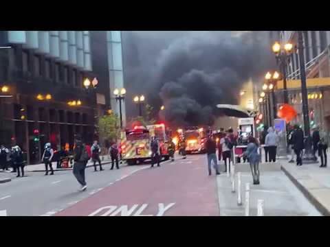 Live Chaos  During Chicago Protest George Floyd Saturday May 31, 2020