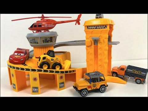 CONSTRUCT BASE ENGINEERING SUPER PARKING GARAGE WITH WATER PUMP TRUCK FROM XIAO BAI CAI  - UNBOXING