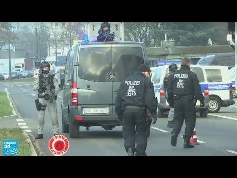 فرنسا: توقيف والدي المشتبه بتنفيذه هجوم ستراسبورغ واثنين من أشقائه  - نشر قبل 2 ساعة