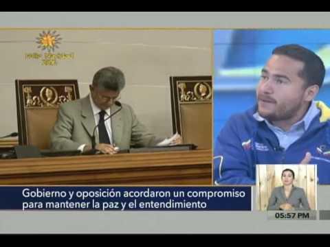 Ricardo Sánchez y otros invitados en programa En 3y2 de VTV