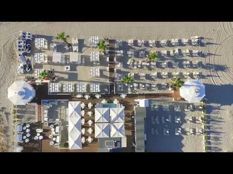 JinnyBeach   Beach, Restaurant & Lounge   Poetto (CA)
