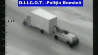 PS5: gang svaligia i camion in movimento pur di rubarne una
