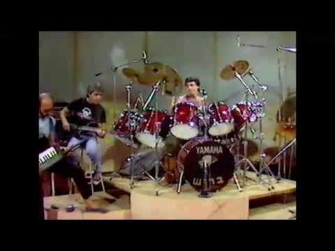 Zehu Ze Color Video A_00054_YT with Shlomo Gronich thumbnail