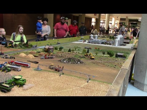 40ft Long American Dream Farm Display 360 Degree Tour