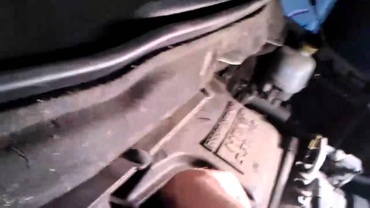 medium resolution of how to replace a egr valve on a 2004 dodge ram youtube egr valve 2005 dodge ram 1500 on dodge 5 2 magnum engine diagram