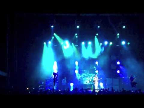 """311 - """"No Control"""" @ Pow Wow Festival 2011"""