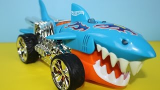 Hot Wheels Extreme Action Sharkruiser Toy Car Fun With The Kids
