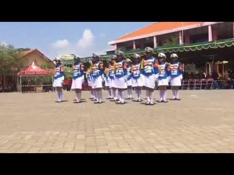 Paskibra SMP Negeri 9 Surabaya At LKBB CARAKA 2017