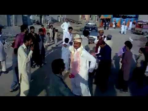 Dulha dance in his own...