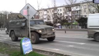 Крым. Симферополь. Русские войска 05.03.2014 года