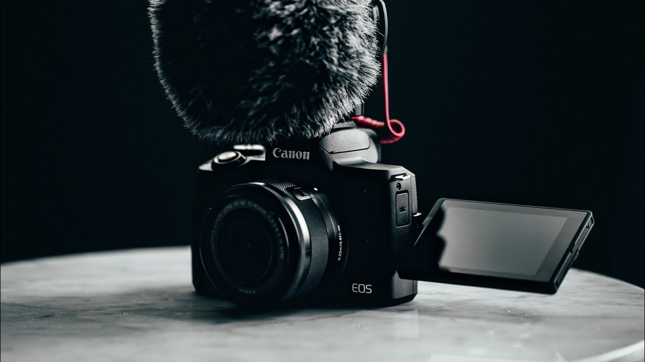 10 Best Cameras For YouTube Videos 2019 [Create Epic Vlogs]