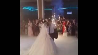 Свадьба в Дагестане свадьба в Махачкале жених целует невесту