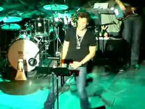 Jon Bon Jovi - Hallelujah