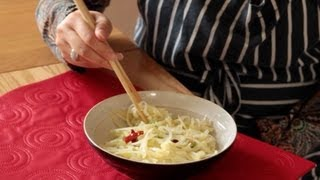 Tasty Chinese Shredded Potato Dish (炒土豆丝)  How to cook Chinese food - Chinese cooking made easy!