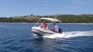 Лодка Honda HonWave T35 AE2 под мотором 15 л.с.