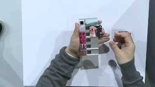 Project Ara Developers Conference 2 (January 2015). Demonstration of Spiral 2 Ara phone.