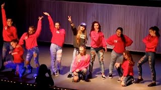 Dancehall throwback perfomance | Tanusha and Bronx Girls