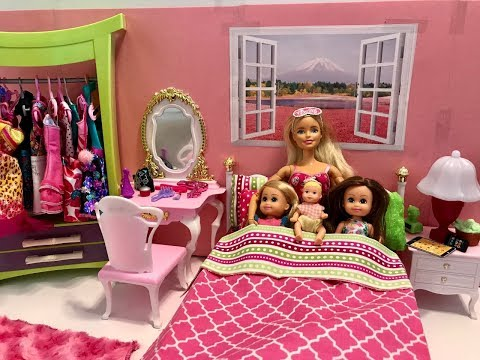 Barbie Bedroom Morning Routine with KIDS!!