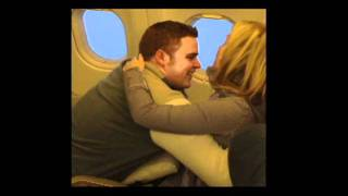 Perfect Surprise Proposal at 30,000 ft