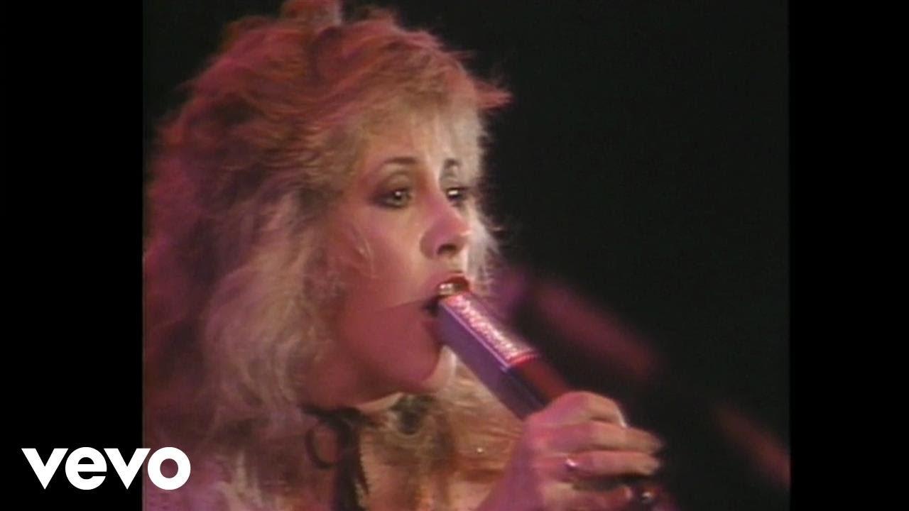 fleetwood-mac-rhiannon-live-1982-us-festival-fleetwoodmacvevo