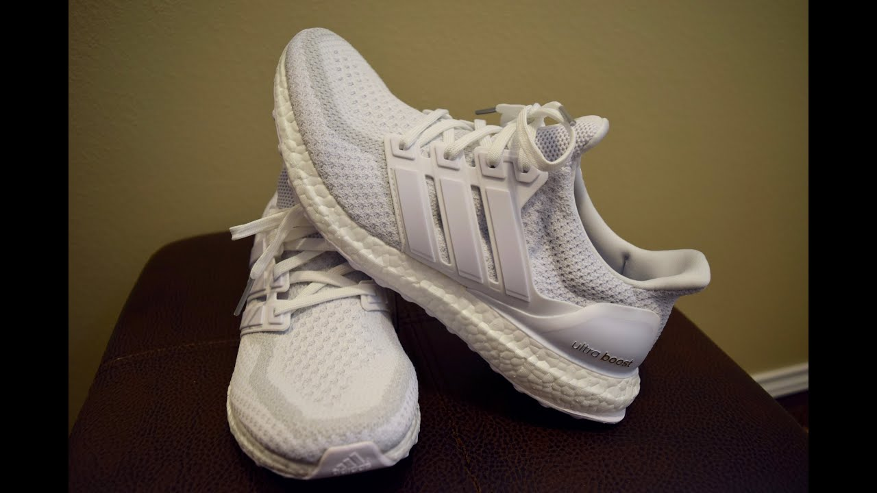 Adidas Ultra Boost Triple White 2.0 - Unboxing First Impressions ... e351c781b