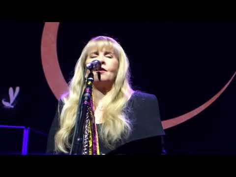 02. Stevie Nicks - If Anyone Falls (07.11.2017)