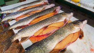 РЫБАЛКА НА ИКРЯНУЮ ЩУКУ. Жерлицы и спиннинг. Вот это клёв. Закрыл сезон зимней рыбалки.