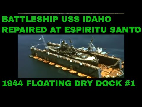 BATTLESHIP USS IDAHO REPAIRED AT ESPIRITU SANTO 1944 FLOATING DRY DOCK #1 72202a