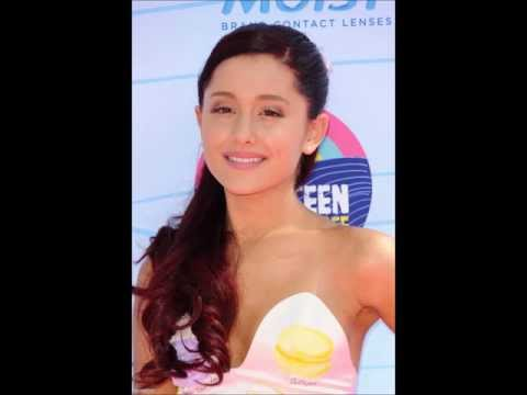 Ariana Grande: Teen Choice Awards (July 22)