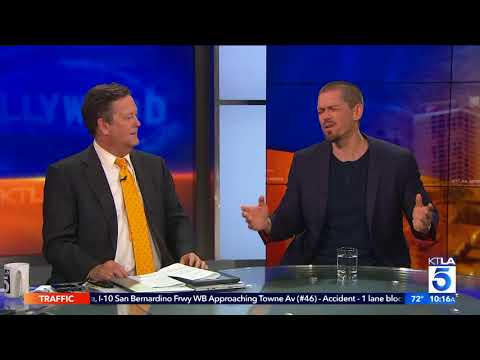 Steve Howey On Playing A Dog In