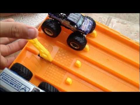 Hotwheels Monster Truck Drag Racing Youtube