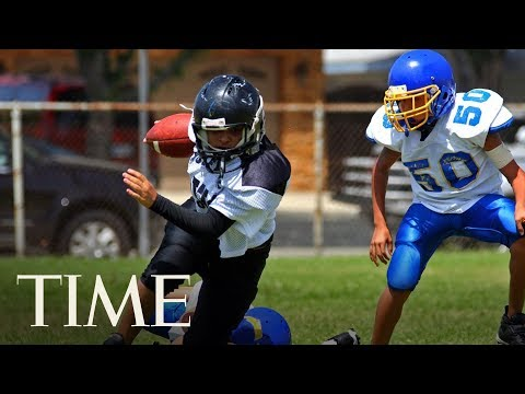 Playing Youth Tackle Football Is Linked To Earlier Symptoms Of Brain Disease | TIME
