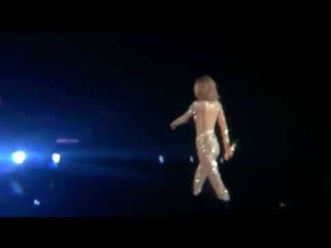 Taylor Swift - Out Of The Woods - 1989 Tour - Gillette Stadium 7/25