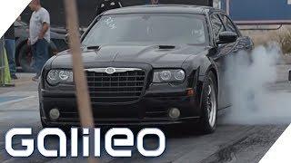 Straßenrennen gegen die Polizei - volkommen legal! | Galileo | ProSieben