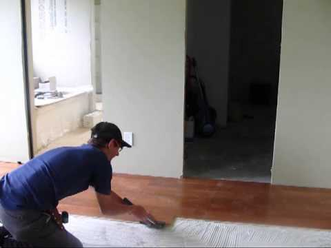 Hardwood Floor Tools inserting the last row of boards Installing Engineered Hardwood Floor Tools