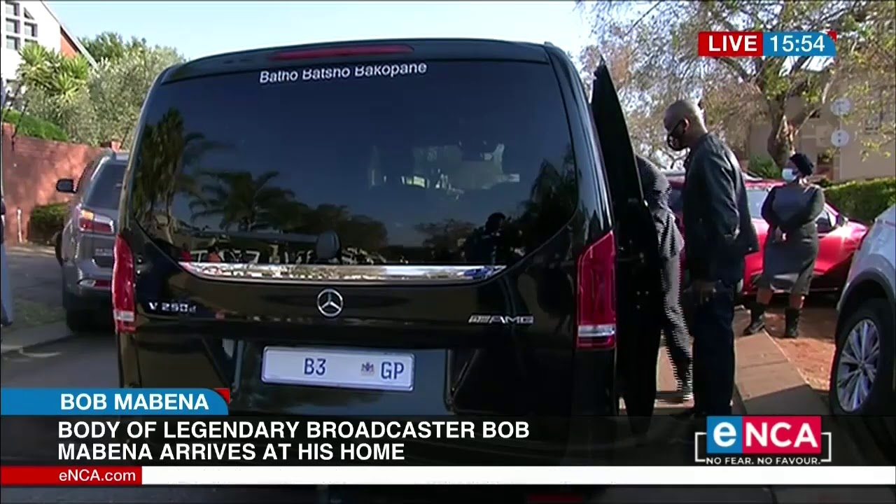 Body of legendary broadcaster Bob Mabena arrives at his home - eNCA