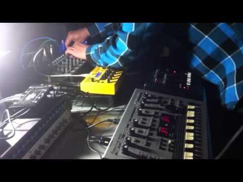 x0xb0x+MC-303+mopho+MS-404+BassStation