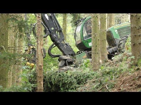 John Deere 1170E Harvester with Processor - Sauerland Forest - Padberg, Germany