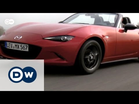 A Purist Sports Car: Mazdau0027s MX 5 Soft Top | Drive It!   YouTube