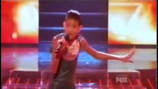 Repeat youtube video Willow Smith performs