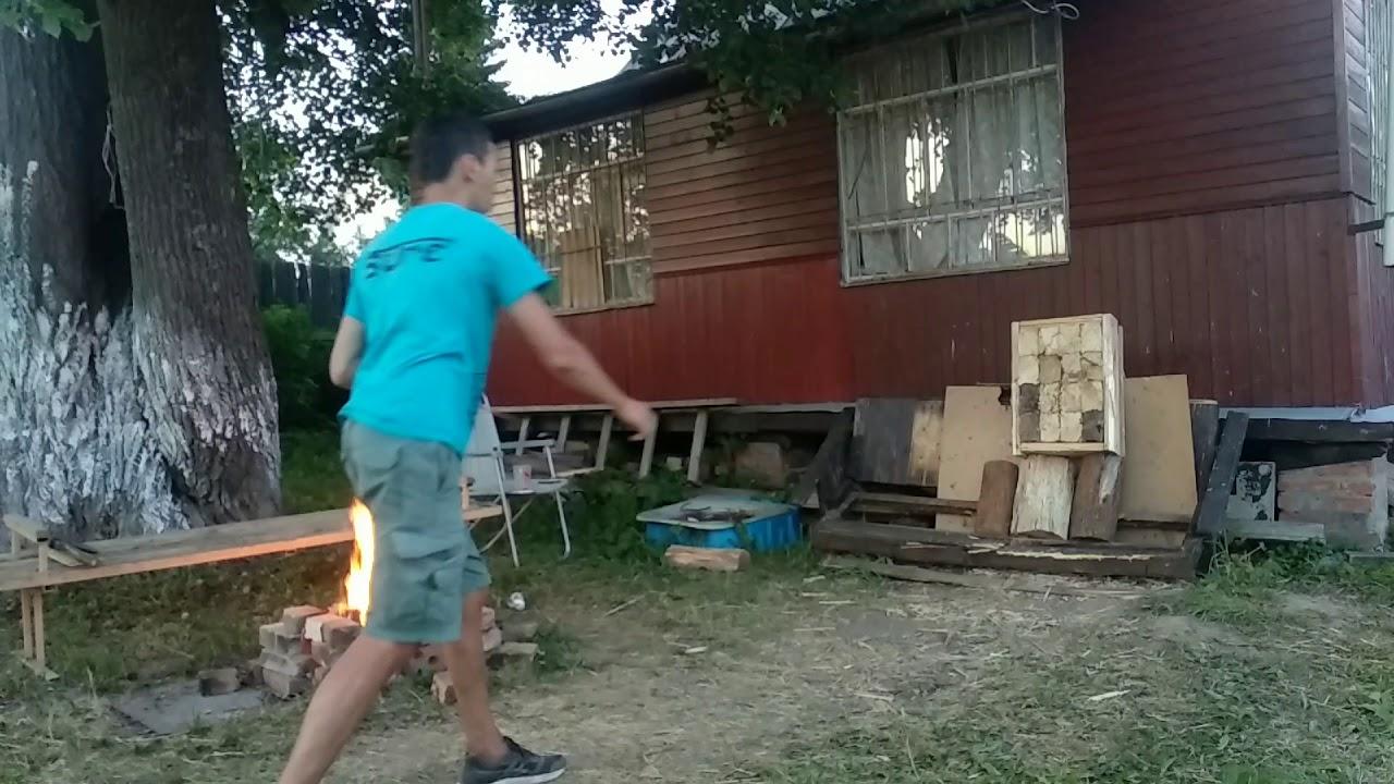 Три метра, три техники метания ножа. Многооборотная, пол оборота, безоборотная.