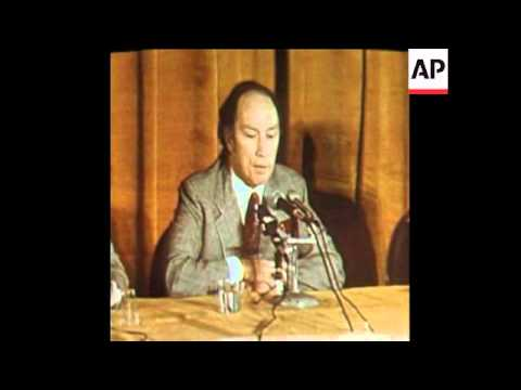 SYND 6 12 74 PIERRE TRUDEAU SPEAKING AT PRESS CONFERENCE IN WASHINGTON DC