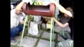 Мангал Барбекю из газового баллона своими руками(Огромный выбор проектов, каминов, печей, барбекю, на сайте: http://bit.ly/1GYo9xk Тэги для этого видео: проекты камин..., 2015-07-01T13:08:44.000Z)