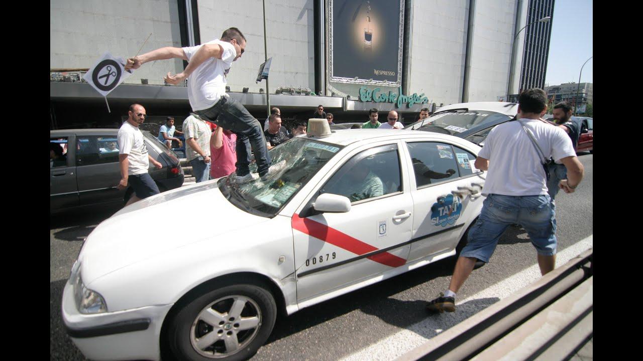 El taxista de uber me ofrecio un mes gratis nos fuimos para cabantildea me dio duro por mi toto se vino - 1 8